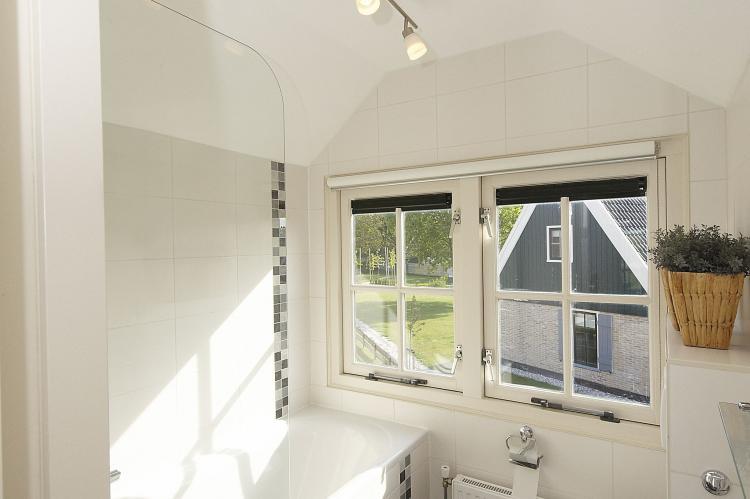 VakantiehuisNederland - Noord-Holland: Recreatiepark Wiringherlant 12  [9]