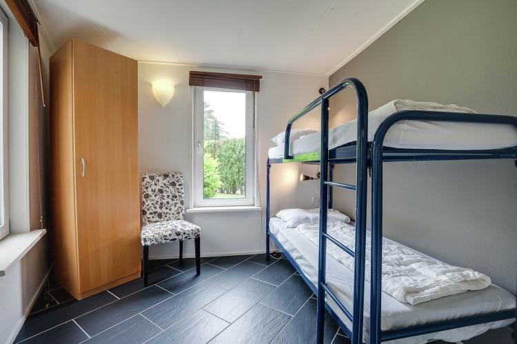 VakantiehuisNederland - Gelderland: Bungalowpark het Verscholen Dorp 2  [19]