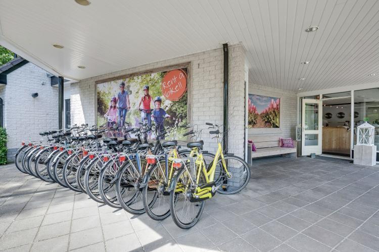 VakantiehuisNederland - Gelderland: Bungalowpark het Verscholen Dorp 2  [20]
