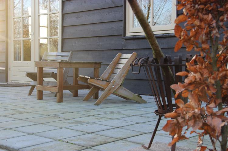 VakantiehuisNederland - Noord-Brabant: Polderhuisje 3 Aarde Groene Camping Lage Zwaluwe  [9]