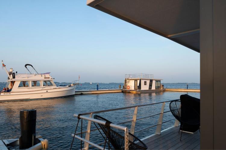 Holiday homeNetherlands - Friesland: Houseboat - Paviljoenwei - Offingawier  [39]