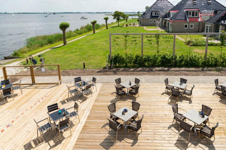 Holiday homeNetherlands - Friesland: Houseboat - Paviljoenwei - Offingawier  [47]
