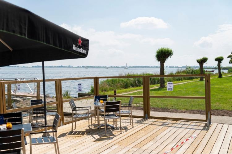 Holiday homeNetherlands - Friesland: Houseboat - Paviljoenwei - Offingawier  [45]