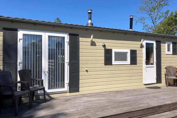 Holiday homeNetherlands - Noord-Holland: Recreatiepark Wiringherlant - Wiringher Chalet 1  [1]
