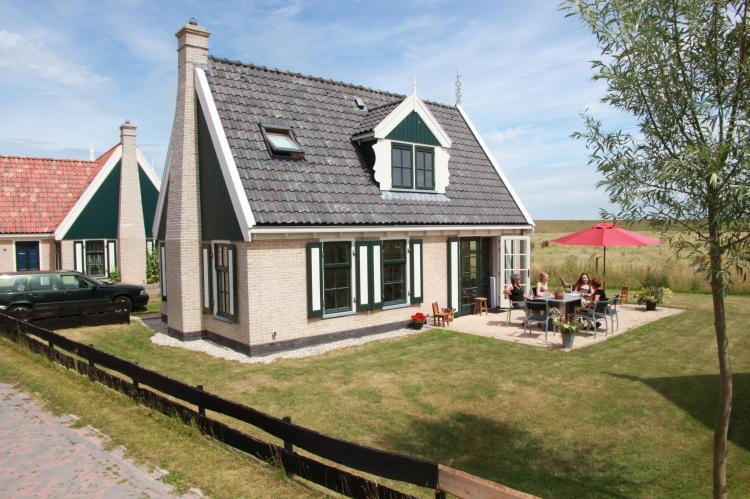 Holiday homeNetherlands - Noord-Holland: Recreatiepark Wiringherlant  - Villa 10  [1]