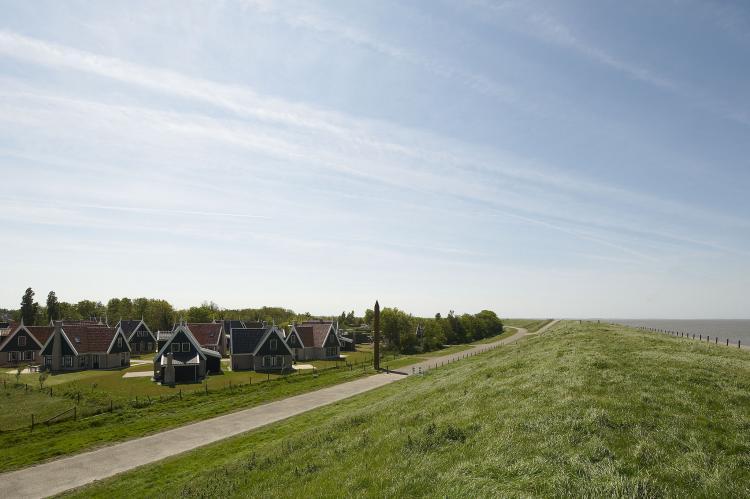 Holiday homeNetherlands - Noord-Holland: Recreatiepark Wiringherlant  - Villa 10  [2]