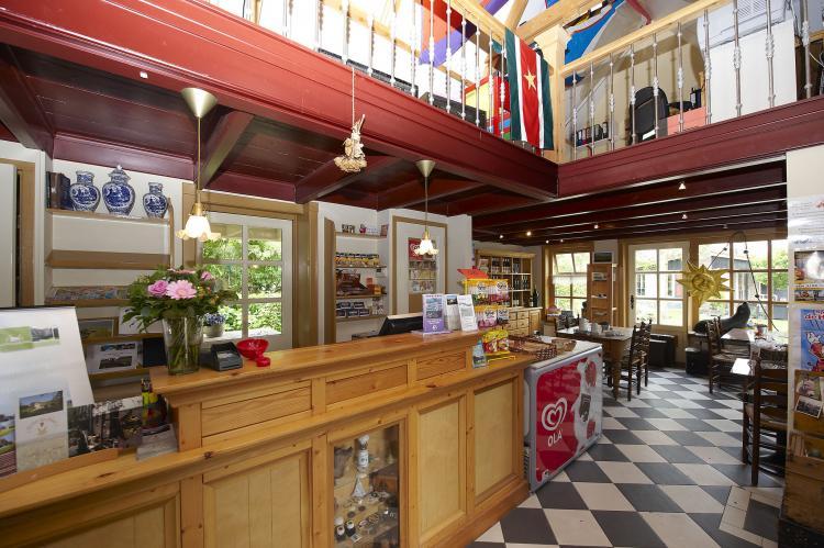 VakantiehuisNederland - Noord-Holland: Recreatiepark Wiringherlant - Anno Nu 14  [20]