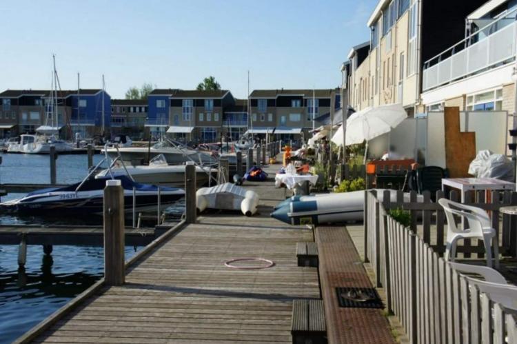 Holiday homeNetherlands - Zealand: Het Havenhuis 18  [8]
