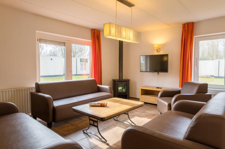 VakantiehuisNederland - Drenthe: Vakantiepark Hunzedal 6  [4]