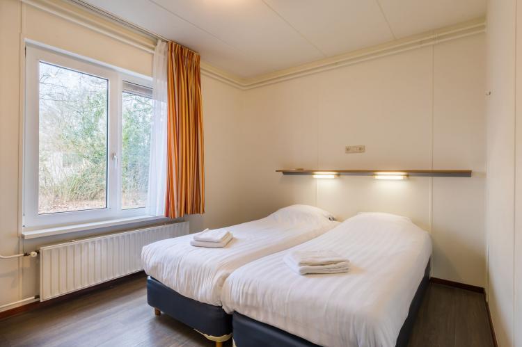 VakantiehuisNederland - Drenthe: Vakantiepark Hunzedal 5  [6]