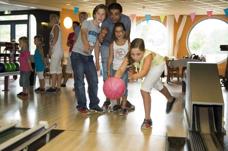 Holiday homeNetherlands - Drenthe: Vakantiepark Hunzedal 4  [11]