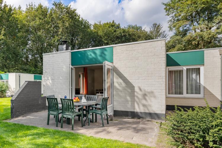 VakantiehuisNederland - Drenthe: Vakantiepark Hunzedal 4  [2]