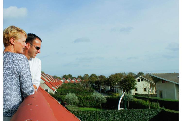 VakantiehuisNederland - Zeeland: Villapark De Paardekreek 7  [12]