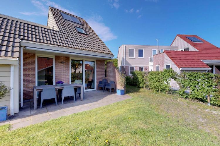 VakantiehuisNederland - Zeeland: Villapark De Paardekreek 7  [14]