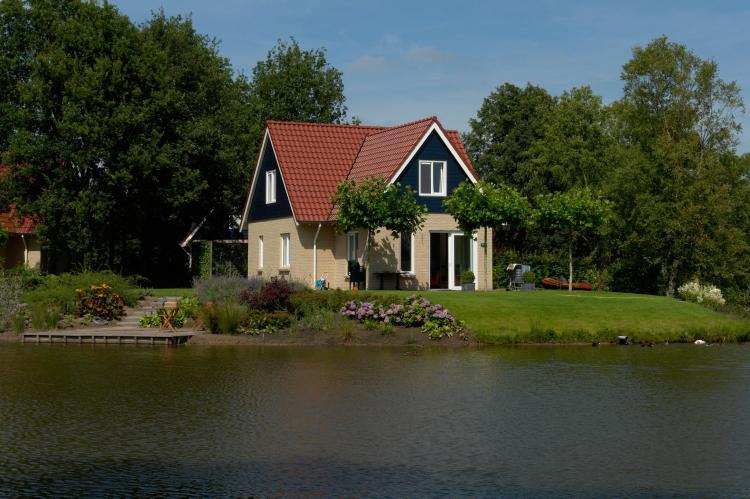 VakantiehuisNederland - Drenthe: Vakantiepark Het Timmerholt 8  [2]