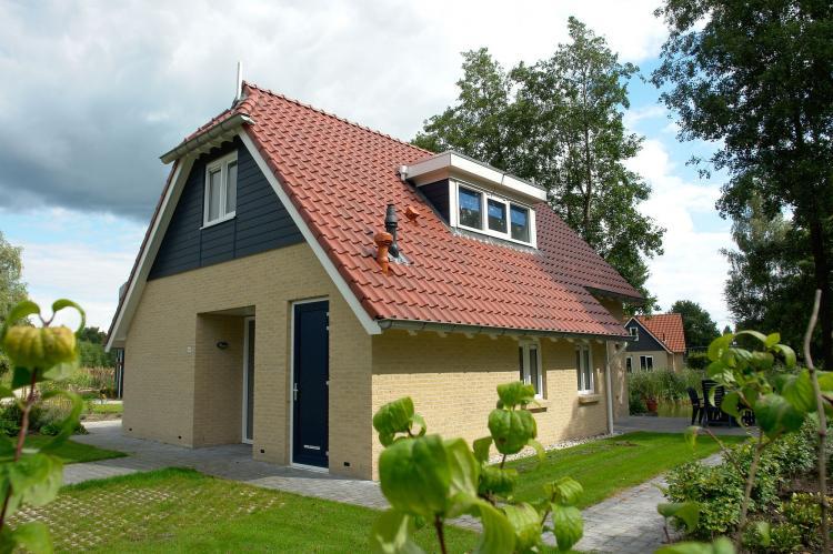 VakantiehuisNederland - Drenthe: Vakantiepark Het Timmerholt 8  [1]