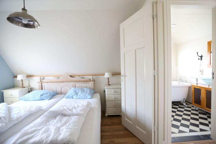 VakantiehuisNederland - Noord-Holland: Recreatiepark Wiringherlant  - Villa 4  [17]