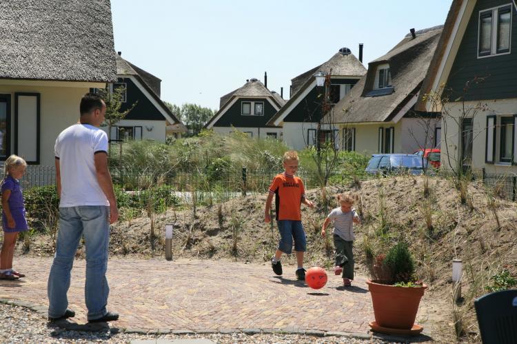 VakantiehuisNederland - Noord-Holland: Vakantiepark Duynopgangh  [15]