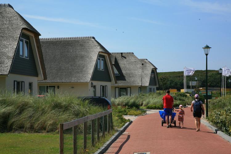 VakantiehuisNederland - Noord-Holland: Vakantiepark Duynopgangh  [4]