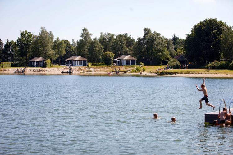 VakantiehuisNederland - Overijssel: Recreatiepark Tolplas 8  [23]