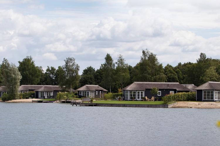 VakantiehuisNederland - Overijssel: Recreatiepark Tolplas 8  [14]