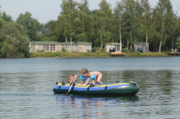VakantiehuisNederland - Overijssel: Recreatiepark Tolplas 8  [10]