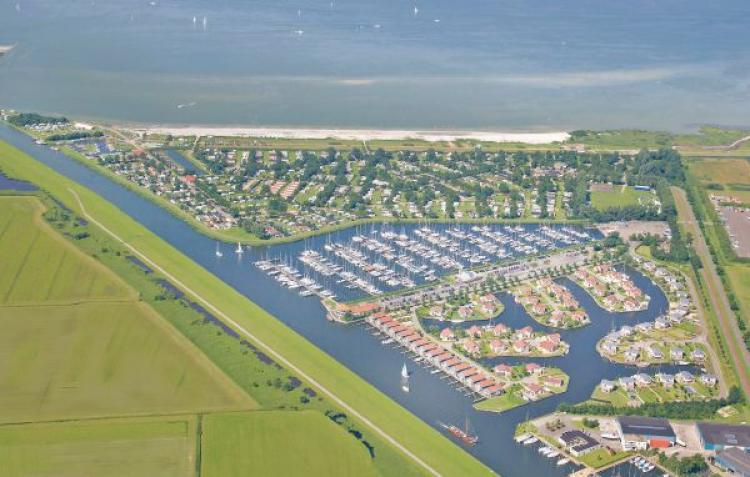 VakantiehuisNederland - Friesland: It Soal Waterpark-Waterlelie  [4]