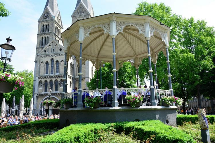 VakantiehuisNederland - Limburg: Maaspark Boschmolenplas - Havenblik  [27]