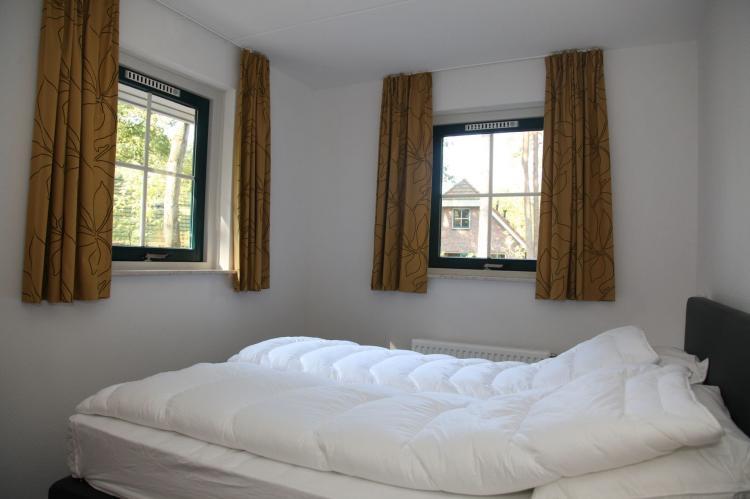 VakantiehuisNederland - Drenthe: Landgoed Het Grote Zand - Type F10 met sauna 1  [6]