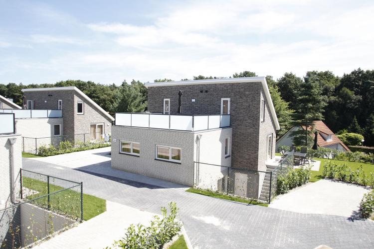 VakantiehuisNederland - Limburg: Resort Arcen 8  [1]