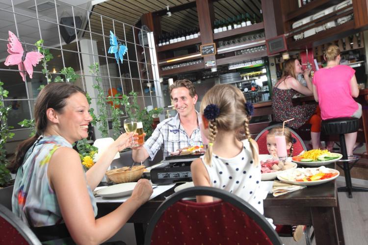 Holiday homeNetherlands - Limburg: Bungalowpark Schin op Geul 3  [17]