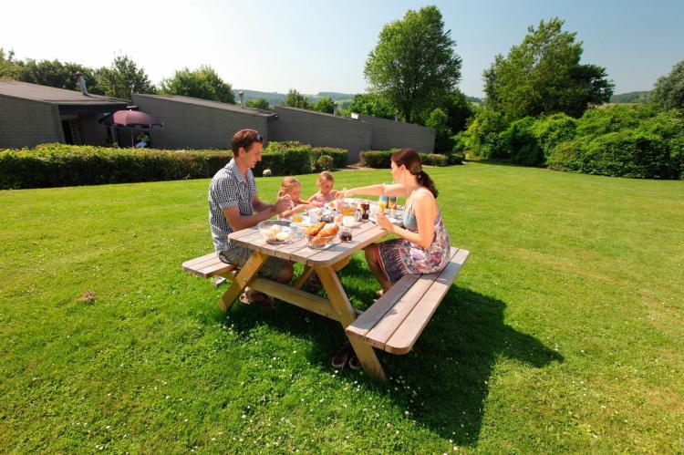 Holiday homeNetherlands - Limburg: Bungalowpark Schin op Geul 3  [16]
