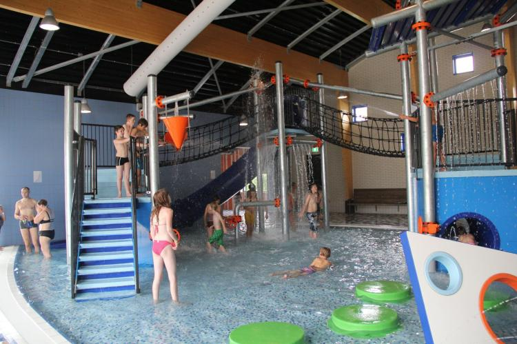 VakantiehuisNederland - Zeeland: Villapark de Paardekreek 3  [17]