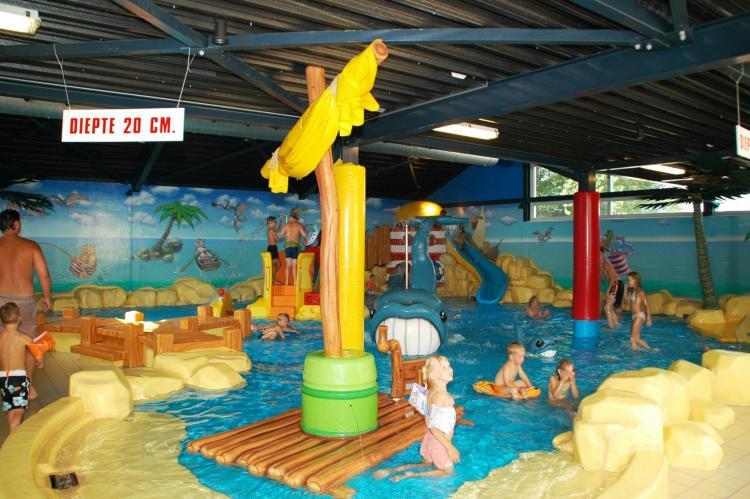 VakantiehuisNederland - Friesland: Vakantiepark Bergumermeer 7  [14]