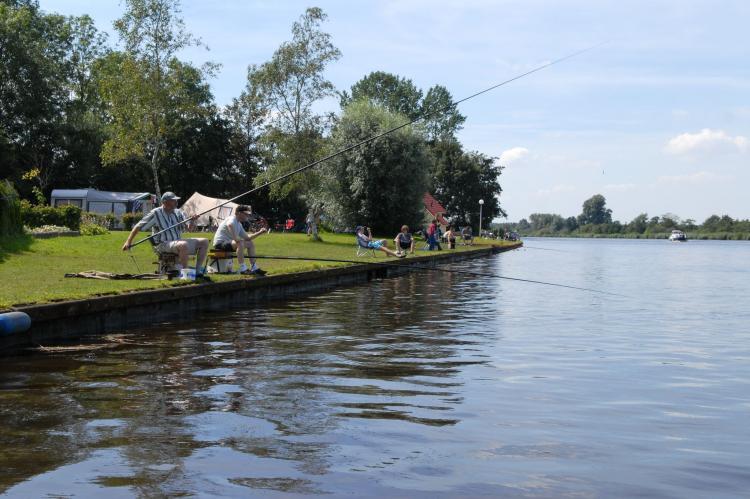 VakantiehuisNederland - Friesland: Vakantiepark Bergumermeer 8  [17]