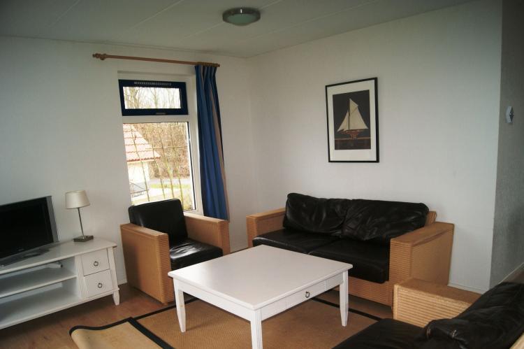Holiday homeNetherlands - Friesland: Vakantiepark Bergumermeer 6  [5]