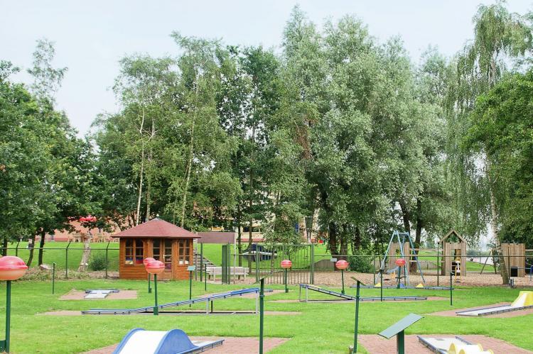 Vakantiepark Bergumermeer 10