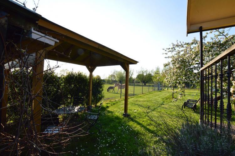 Holiday homeNetherlands - Noord-Brabant: Pipowagen de Weideblick  [4]