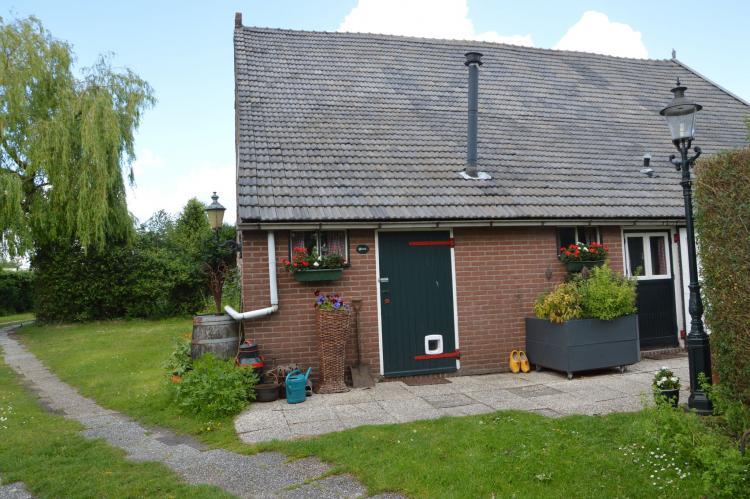 Holiday homeNetherlands - Noord-Brabant: Pipowagen de Weideblick  [13]