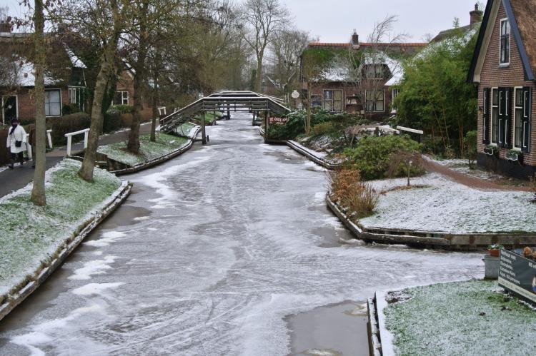 VakantiehuisNederland - Overijssel: Vakantiepark Giethoorn - Kraaiennest  [28]