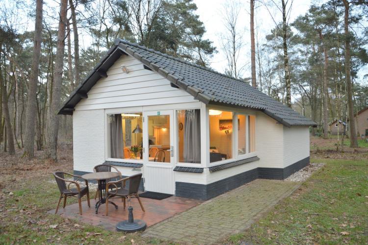 VakantiehuisNederland - Limburg: Bungalow 27  [1]