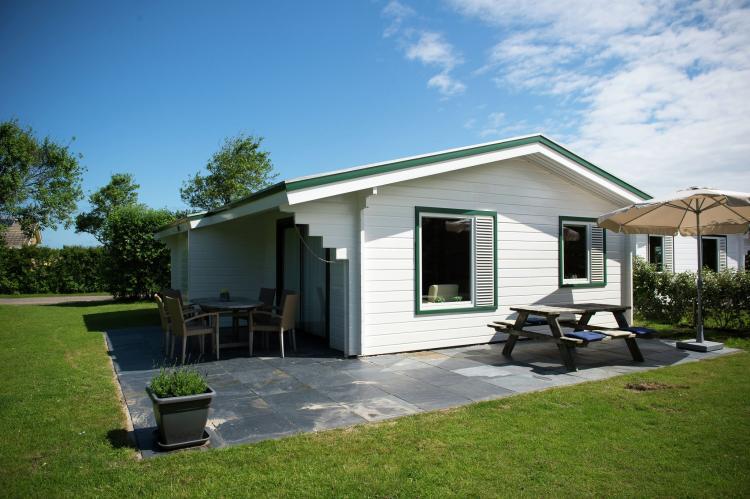 VakantiehuisNederland - Waddeneilanden: Vakantiepark Boomhiemke 10  [1]