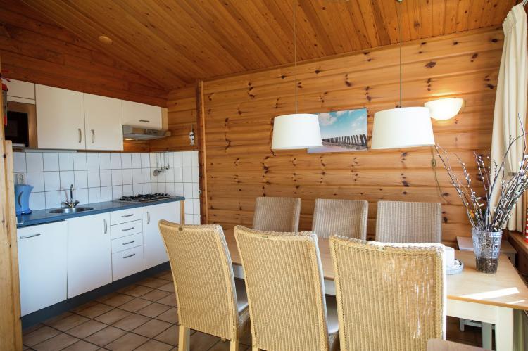 VakantiehuisNederland - Waddeneilanden: Vakantiepark Boomhiemke 10  [4]