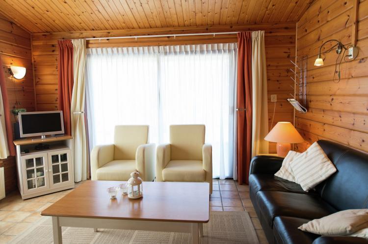 VakantiehuisNederland - Waddeneilanden: Vakantiepark Boomhiemke 10  [3]