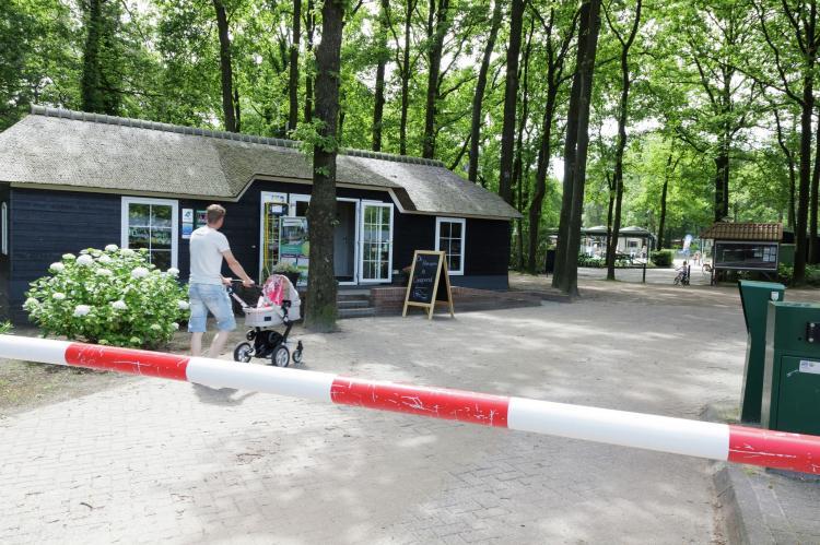 VakantiehuisNederland - Overijssel: Vakantiepark de Vossenburcht 6  [20]