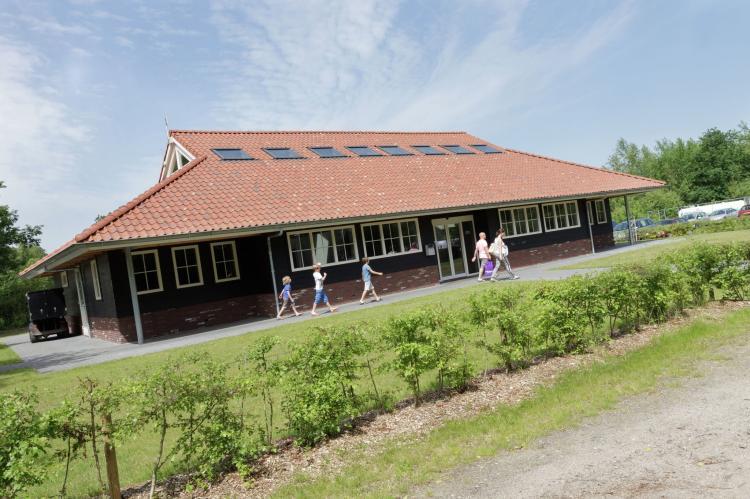 VakantiehuisNederland - Overijssel: Vakantiepark de Vossenburcht 6  [16]