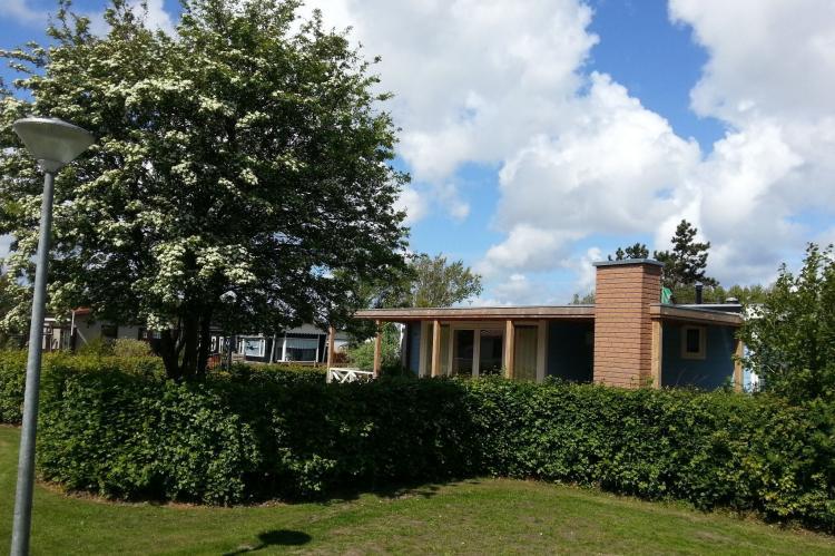 VakantiehuisNederland - Noord-Holland: Recreatiepark Wiringherlant - Wiringher Chalet 63  [4]