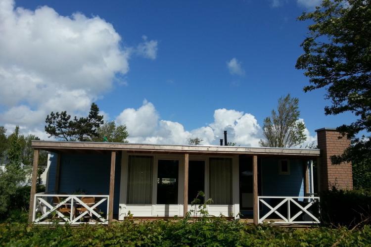 VakantiehuisNederland - Noord-Holland: Recreatiepark Wiringherlant - Wiringher Chalet 63  [2]