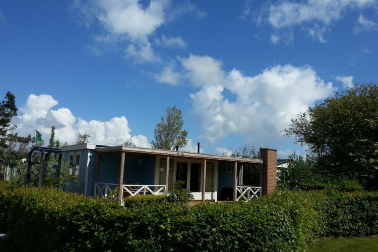 VakantiehuisNederland - Noord-Holland: Recreatiepark Wiringherlant - Wiringher Chalet 63  [1]