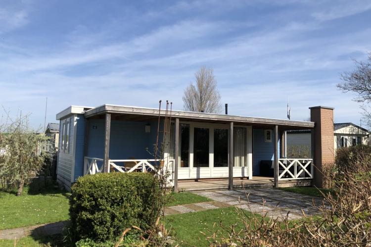 VakantiehuisNederland - Noord-Holland: Recreatiepark Wiringherlant - Wiringher Chalet 63  [6]